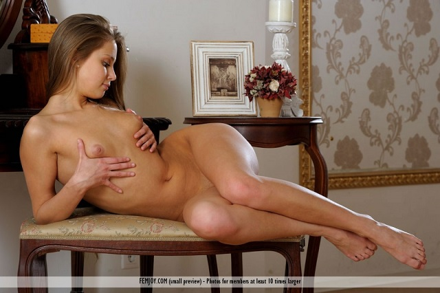 Sexy-nude-of-Kristel-A-22
