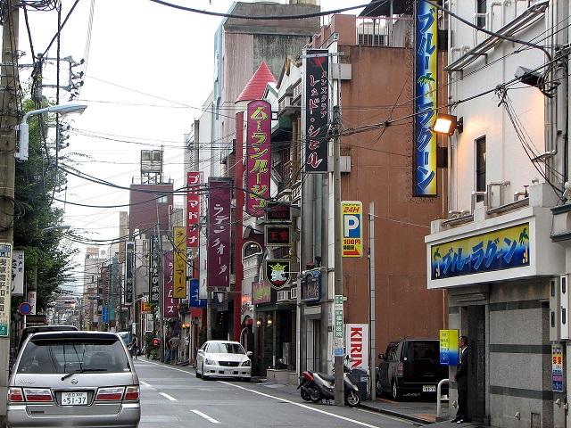 1280px-modern_yoshiwara_tokyo